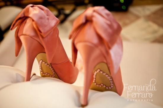 Coração na sola do sapato da noiva. Foto: Fernanda Ferraro.