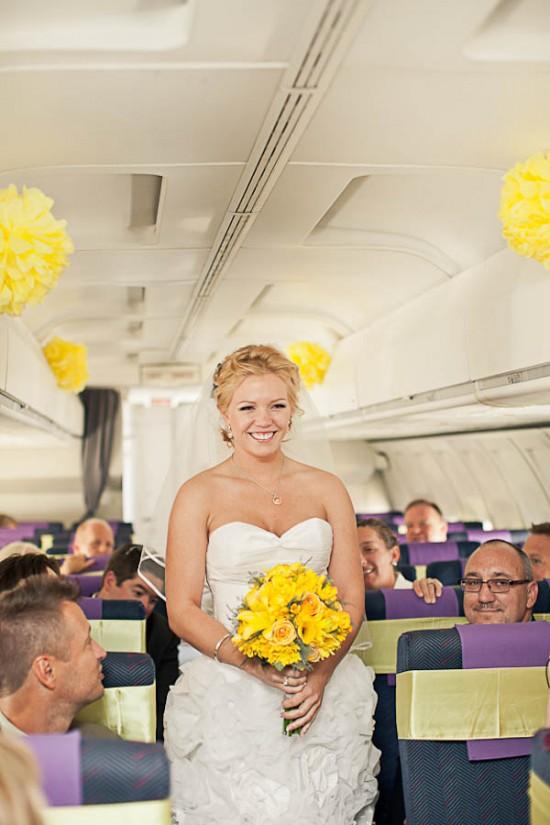 Casamento no avião: entrada da noiva. Foto: ENV Photography