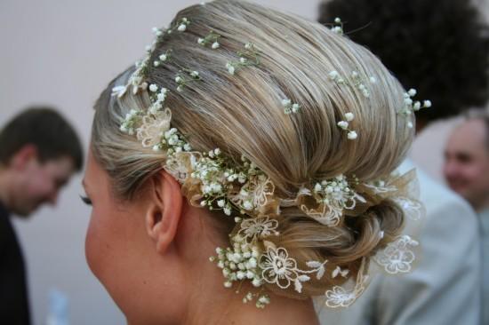 Penteado de noiva com mosquitinho.