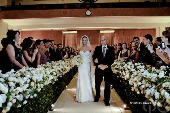 Casamento Carioca, do Pânico: entrada da noiva. Foto Studio Equipe.