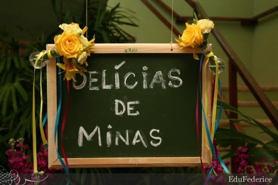 Casamento mineiro: lousa com Delícias de Minas. Foto: Edu Federice.
