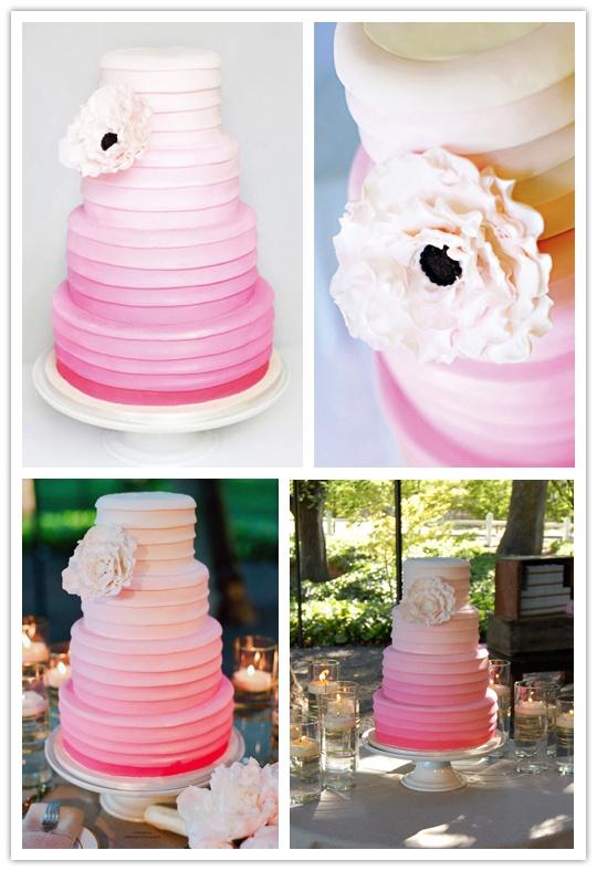 Bolo de casamento com frufrus e babados (ruffled cake) degradê rosa.