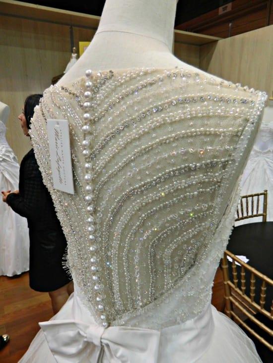 Casa Moda Noivas 2013: vestido com decote lindo nas costas de Marie Lafayette.