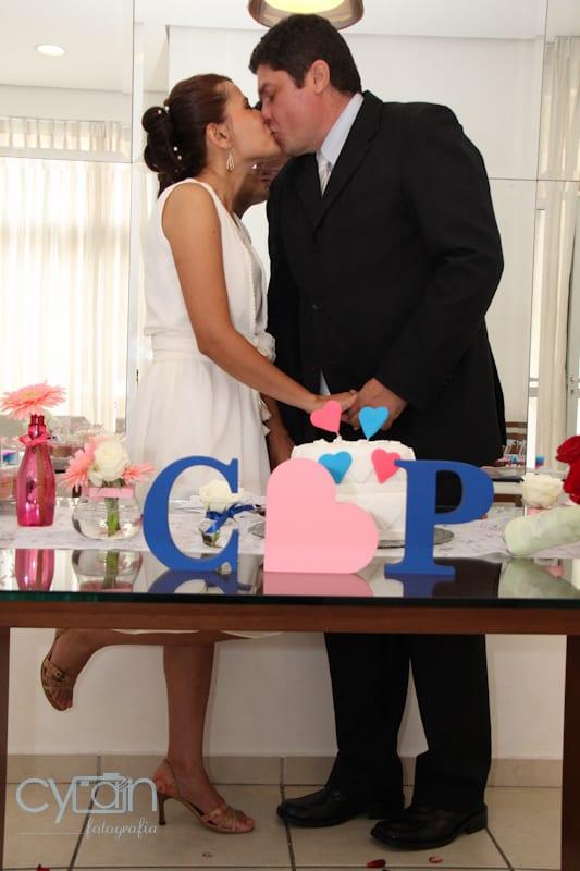 Casamento econômico no salão de festas do prédio. Foto: Cyan Fotografia.