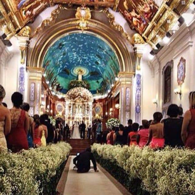 Casamento Thiaguinho e Fernanda Souza. Decoração da igreja Paróquia Nossa Senhora do Brasil.