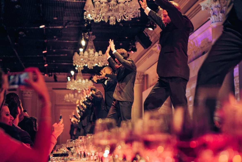 Dança no casamento de Roberto Justus e Ana Paula Siebert.
