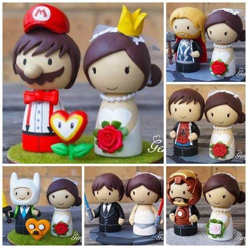 Noivinhos de topo de bolo personalizados: Super Mario, Game of Thrones, Spider Man. a Hora da Aventura e mais personagens nerds.