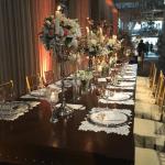 Decoração da mesa de jantar do casamento de Wesley Safadão e Thyane Dantas.