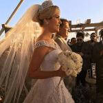 Penteado da noiva, buquê, véu e vestido de noiva casamento de Wesley Safadão e Thyane Dantas.