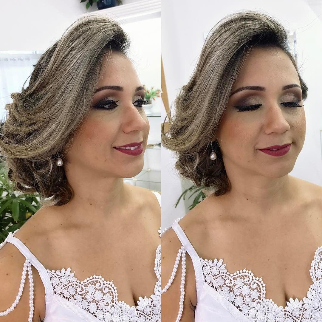 Maquiagem de noiva: batom vinho escuro. Maquiadora: Mayara Bandeira.