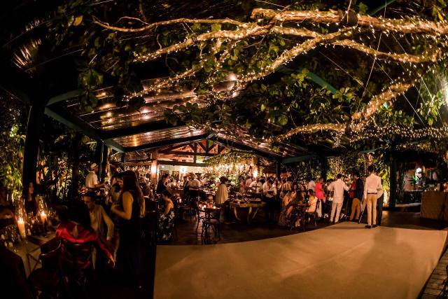 Espaços para casamento na praia em Ilhabela: Casa D'Alva. Veja mais locais no site Planejando Meu Casamento ( www.planejandomeucasamento.com.br ).