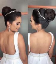 Fotos de penteados de noiva: coque. Foto: @marhanakarla