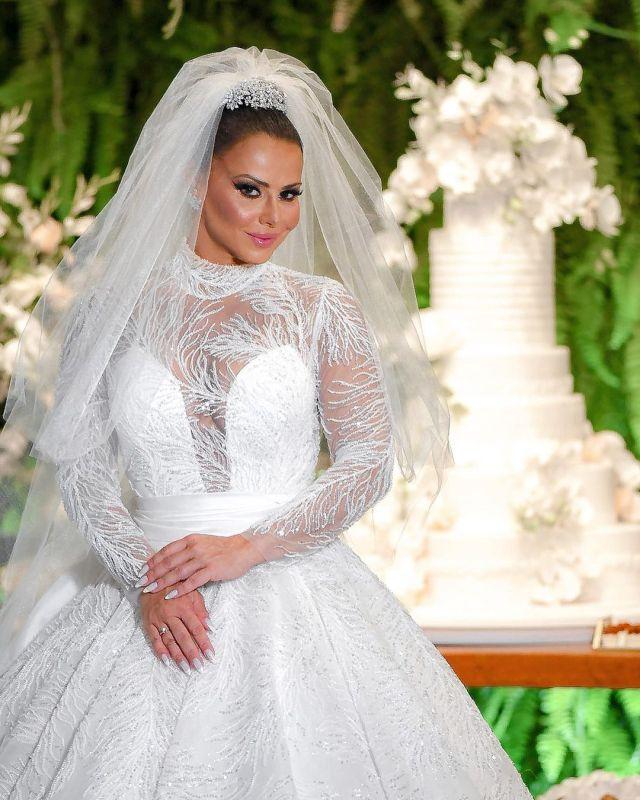 Bolo de Casamento Viviane Araújo