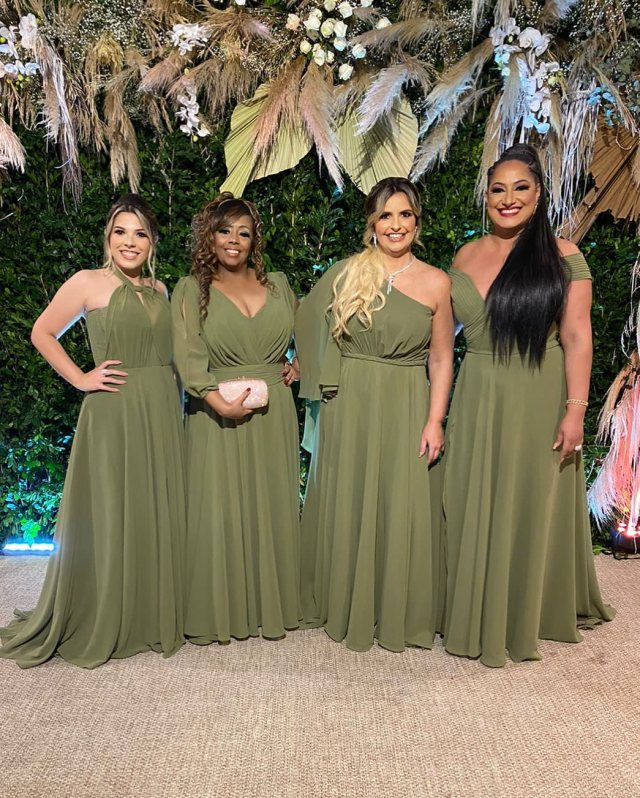 Vestidos de madrinha de casamento verde oliva do Marcio Ferreira Atelier - Casamento Viviane Araújo