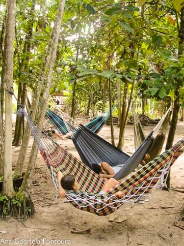 Descansando depois do almoço em Boa Vista do Acará, próximo a Belém