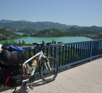Volta ao mundo de bicicleta