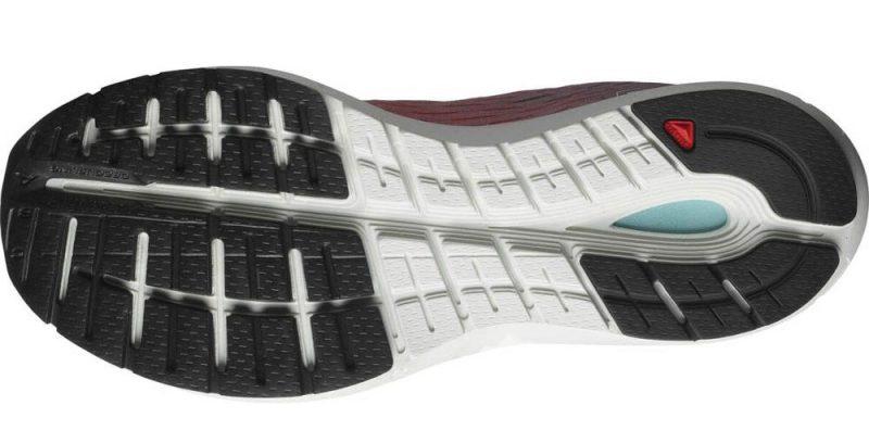 Análisis, review, características y ofertas para comprar las zapatillas de correr Salomon Sonic 3 Accelerate