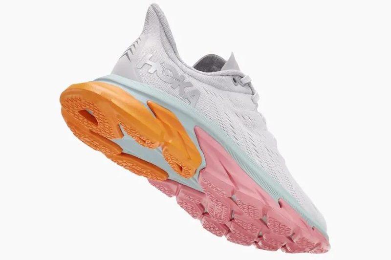 Análisis, review, características y ofertas para comprar la zapatilla de correr Hoka One One Clifton Edge
