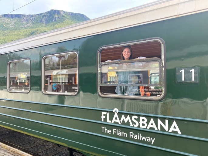 Hanging out on the Flåmsbana train