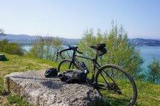 Le voyage en vélo c'est écologique et économique.