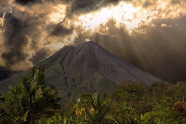 Volcan Arenal du Costa Rica.