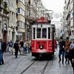 شارع الاستقلال في تقسيم اسطنبول
