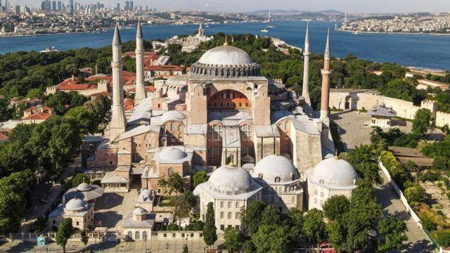 جامع أيا صوفيا في اسطنبول