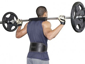 Como usar corretamente o cinturão de proteção lombar na musculação