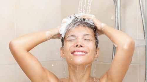 lave os cabelos regularmente