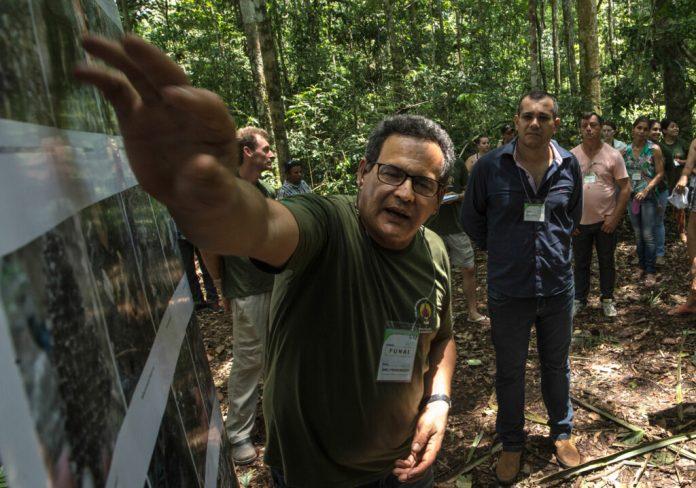 O sertanista estava monitorando um grupo de indígenas que se aproximou desde o mês de junho de uma comunidade rural em Seringueiras (RO)  (Foto de Mário Vilela/Funai/2014)