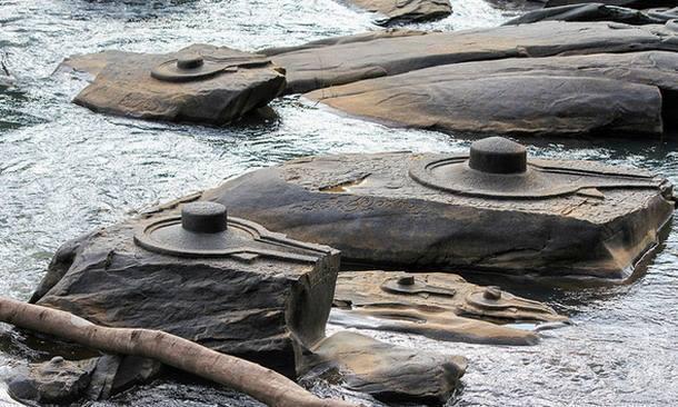 Desciende el Agua de un Río