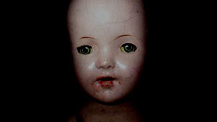 ¿Pueden las Muñecas Embrujadas Estar Poseídas por un Espíritu Maligno?