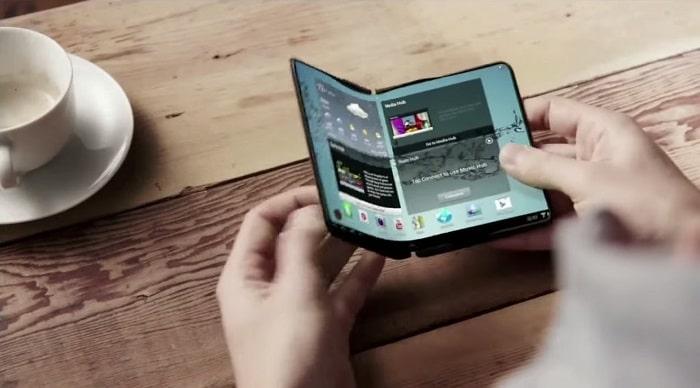 El primer smartphone con pantalla flexible será el Samsung Galaxy X Plus