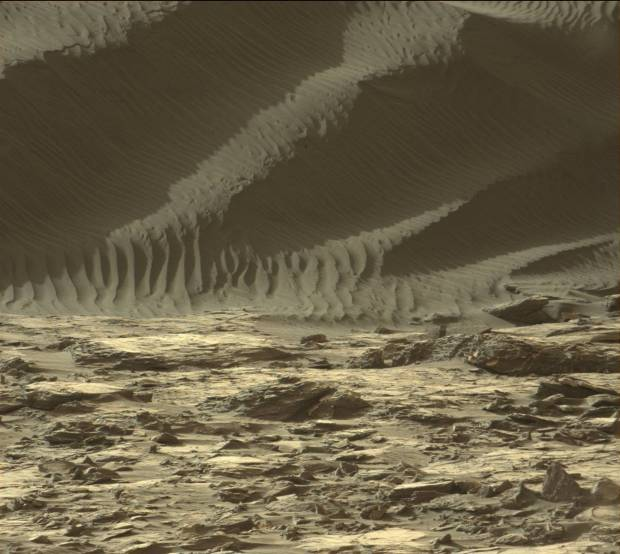 Pancam view of the edge and steep face of High Dune. Note the sharp transition between the dune and surrounding terrain. Image Credit: NASA/JPL-Caltech