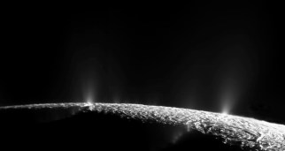 enceladus_geysers_20091121_first_3_images