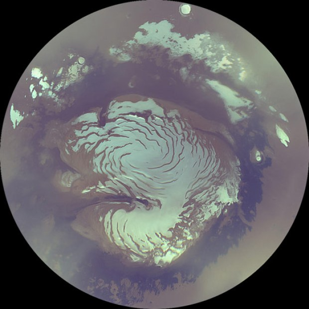 A view of the north polar ice cap on Mars, as seen by the Mars Reconnaissance Orbiter. Credit: NASA-JPL / Caltech