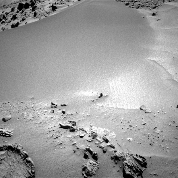 "View of the ""fire pit"" from sol 528 (partial, lower left corner). Click for larger version. Credit: NASA / JPL-Caltech"