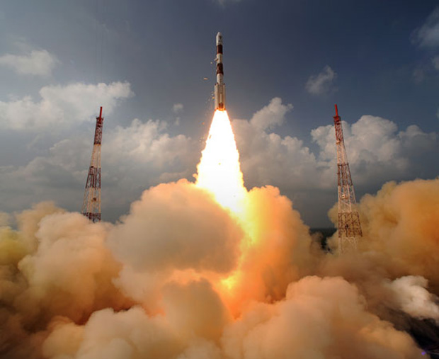 Launch of India's Mars Orbiter Mission (MOM) on November 5, 2013. Credit: Indian Space Research Organization (ISRO)