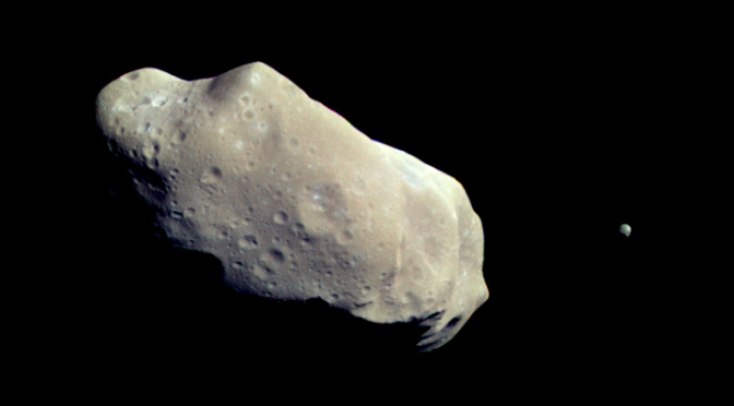The binary asteroid Ida-Dactyl, seen by Galileo. © NASA