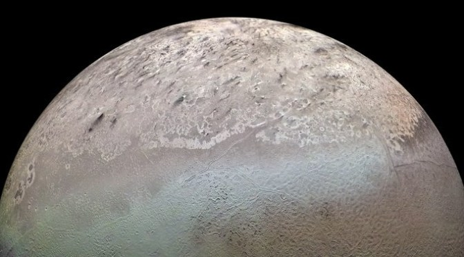 Triton seen by Voyager 2 in 1989. © NASA/JPL/USGS
