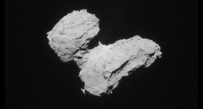 67P / Churyumov-Gerasimenko seen by Rosetta. © ESA