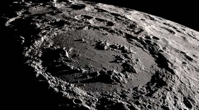 An Artificial Intelligence identifies the Lunar craters