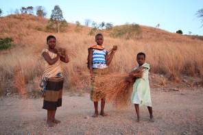 kids on LIkoma island