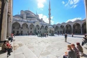 Blue Mosque Tourists
