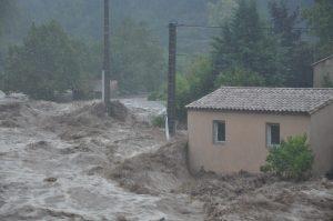 Inondations à Saint Laurent le Minier, vallée de la Vis.