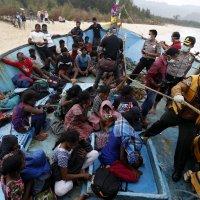 Dossier de documents sur les Réfugiés : HCR, OIM, presse,radio et TV (Journée Mondiale des Réfugiés 20/06/2016)