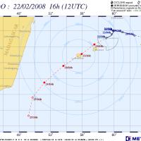 Cyclone ex-Hondo menace l'île de la Réunion