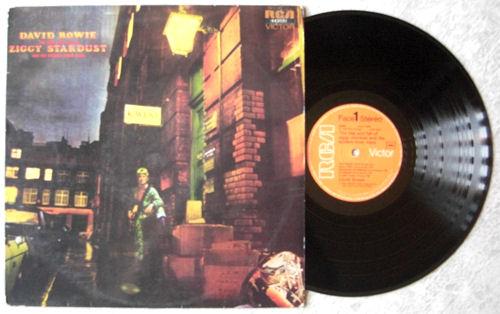 David-Bowie---Ziggy.jpg