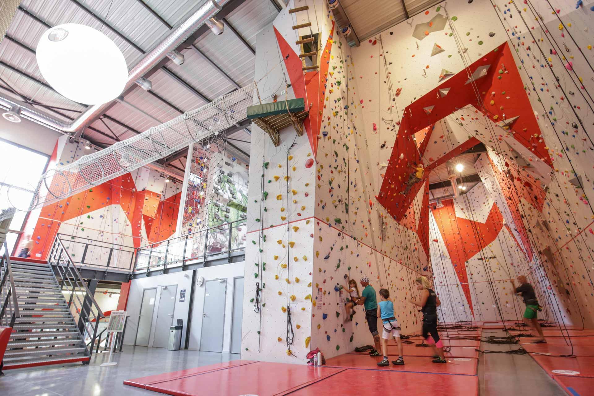 Salle Descalade ClimbUp Aix En Provence SAE BOUC BEL