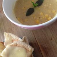 Sweet corn and yellow split pea soup ☀️🌱